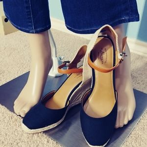 Wedge espandrille shoes